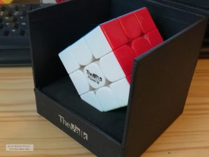 The Valk in Box